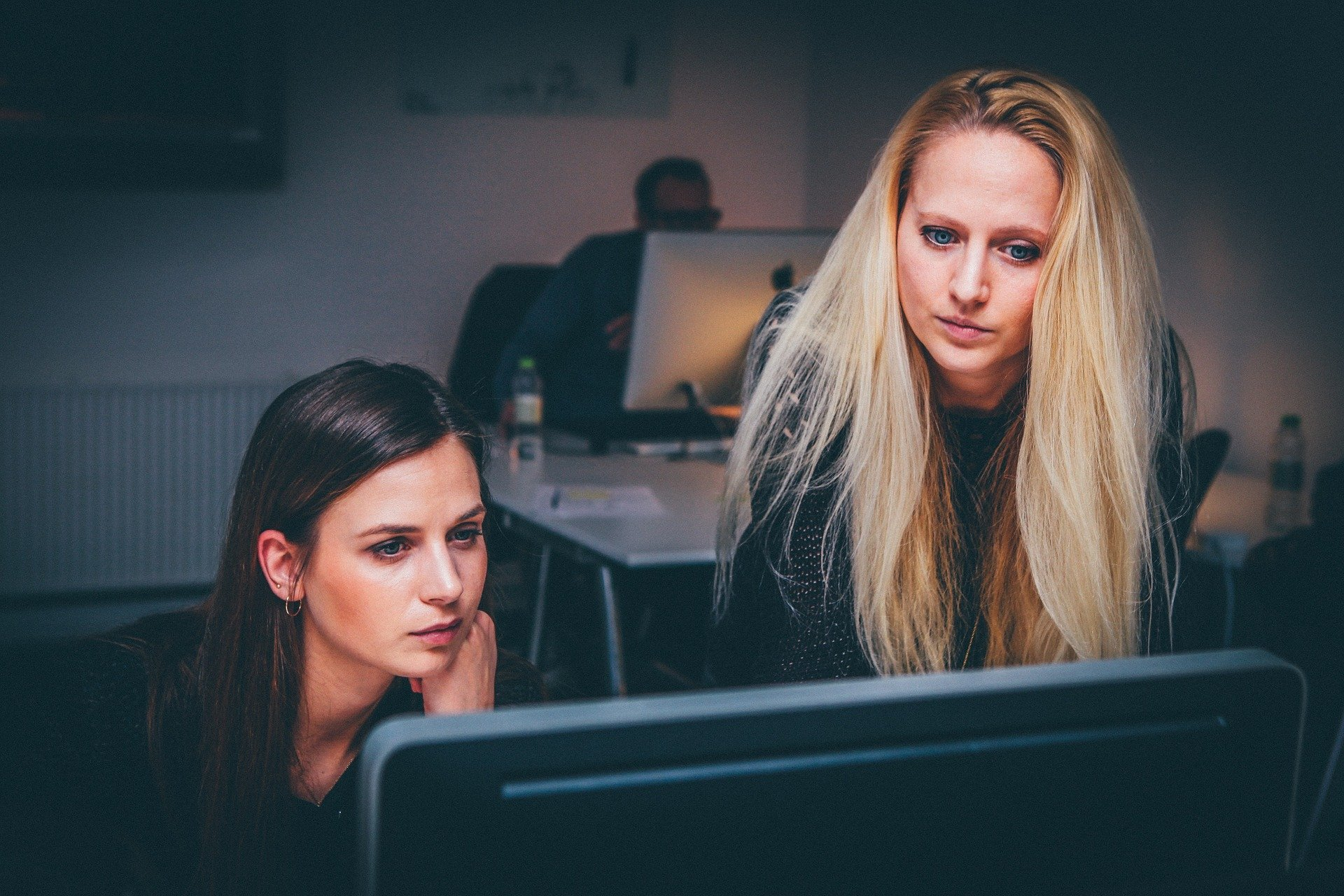 What Type of People Do We Work With? Femalepreneurs